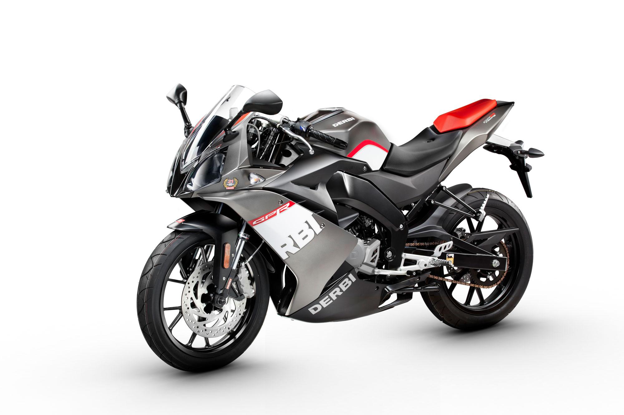 moto mes conseils pour acheter une moto. Black Bedroom Furniture Sets. Home Design Ideas